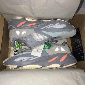 Adidas Yeezy 700 Inertia Men size US 10.